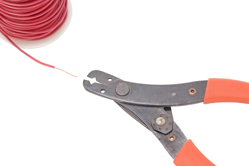 Speaker wires does the gauge size really matter wire cutter and spool copper wire with red insulation wound on a plastic spool greentooth Image collections